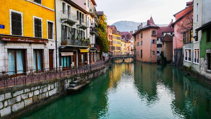 Město Annecy ve Francii